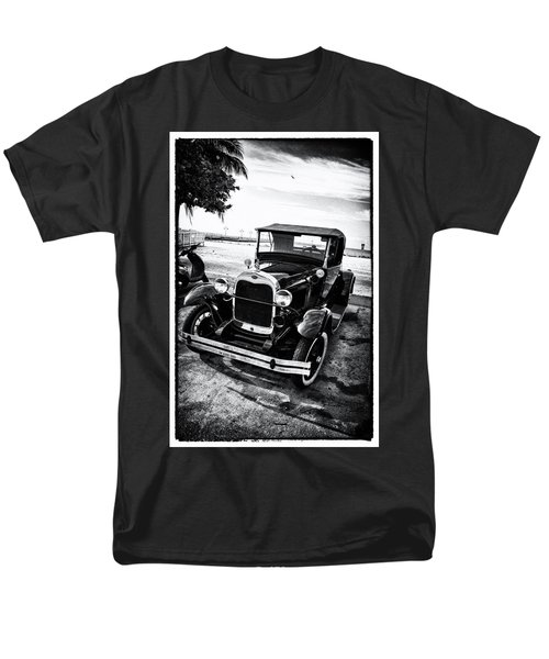 Ford Model T Film Noir T-Shirt by Bill Cannon