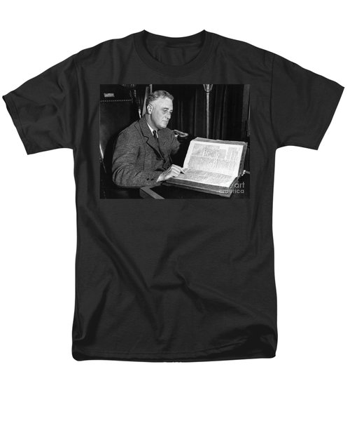 Franklin D. Roosevelt, 32nd American T-Shirt by Photo Researchers