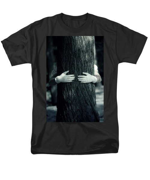 hug T-Shirt by Joana Kruse