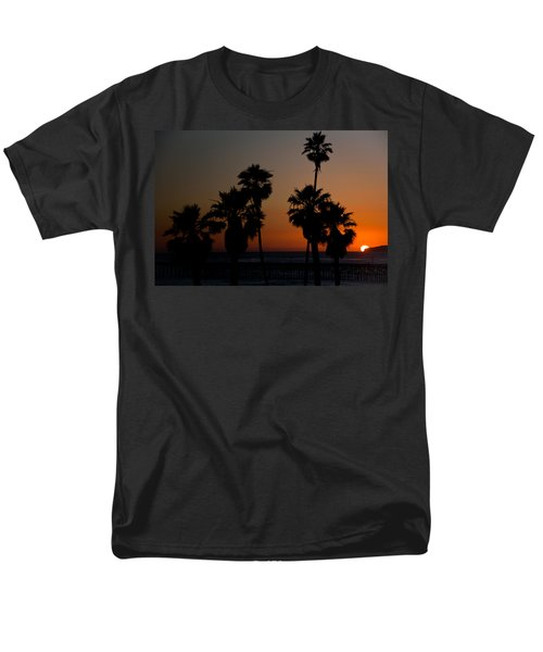 sunset in Califiornia T-Shirt by Ralf Kaiser
