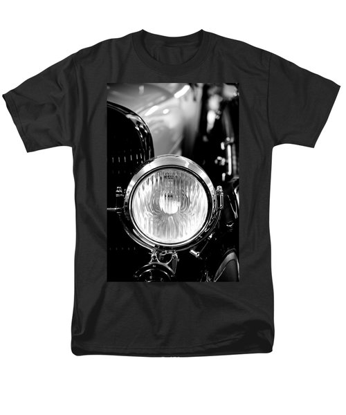 1925 Lincoln Town Car Headlight T-Shirt by Sebastian Musial
