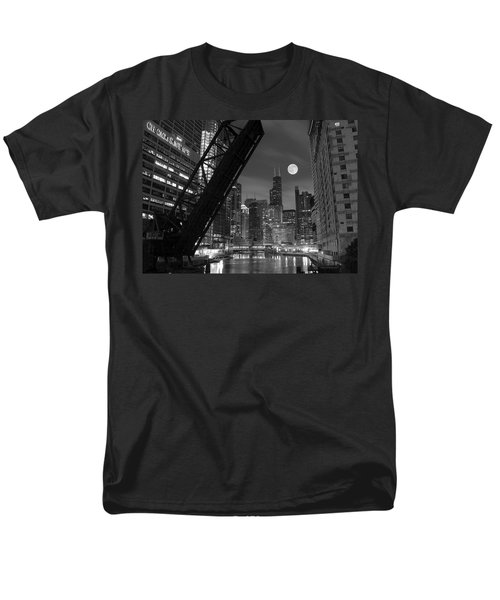Chicago Pride Of Illinois Men's T-Shirt  (Regular Fit) by Frozen in Time Fine Art Photography