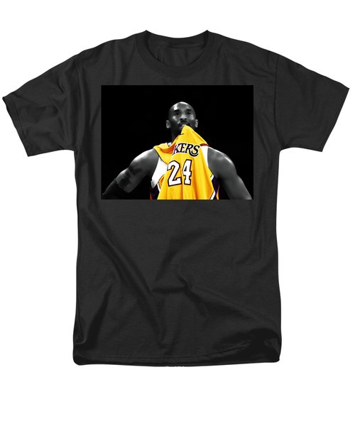 Kobe Bryant 04c Men's T-Shirt  (Regular Fit) by Brian Reaves