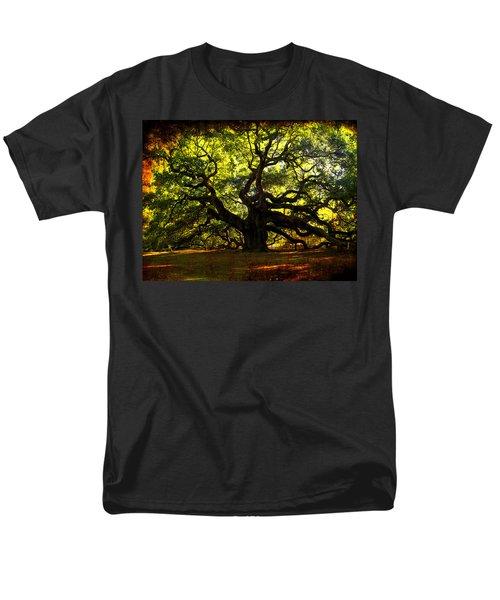 Old old Angel Oak in Charleston T-Shirt by Susanne Van Hulst