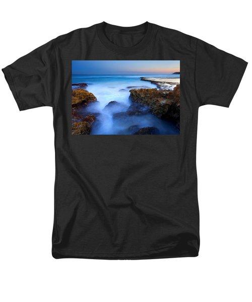 Tidal Bowl Boil Men's T-Shirt  (Regular Fit) by Mike  Dawson
