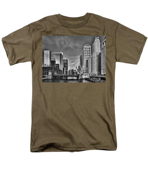Chicago River In Black And White T-Shirt by Sebastian Musial