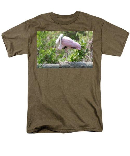 Light Pink Roseate Spoonbill Men's T-Shirt  (Regular Fit) by Carol Groenen