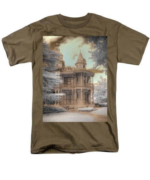 Littlefield mansion T-Shirt by Jane Linders