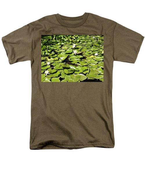 Water lillies T-Shirt by Les Cunliffe