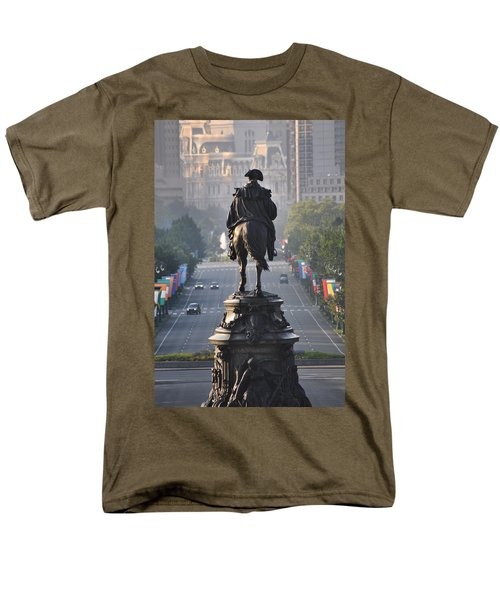 Washington Looking down the parkway - Philadelphia T-Shirt by Bill Cannon