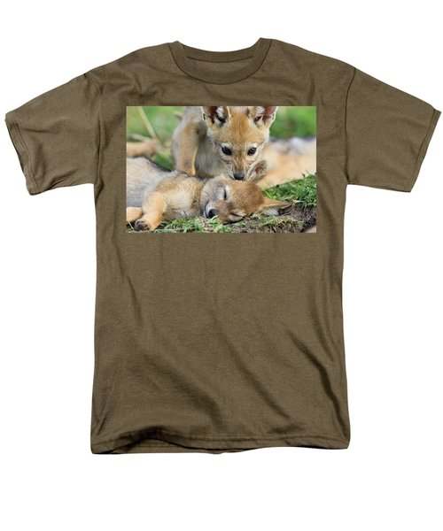 Black-backed Jackal Canis Mesomelas T-Shirt by Suzi Eszterhas
