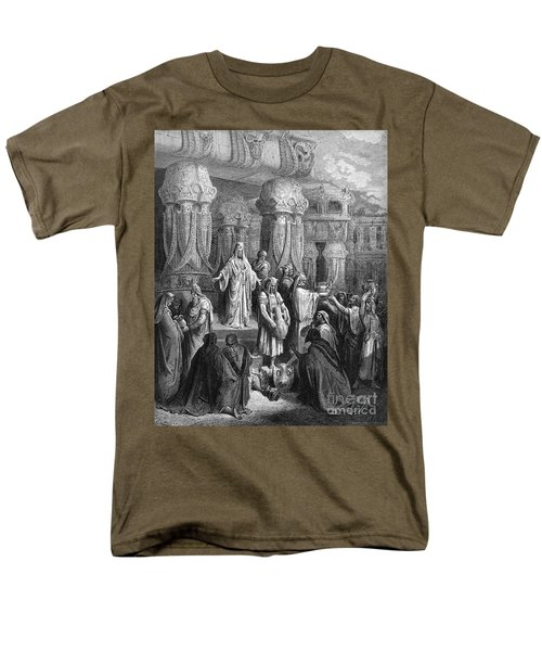 Cyrus Restoring The Vessels T-Shirt by Photo Researchers