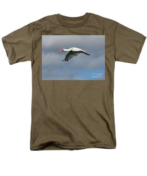 Ibis In Flight Men's T-Shirt  (Regular Fit) by Carol Groenen