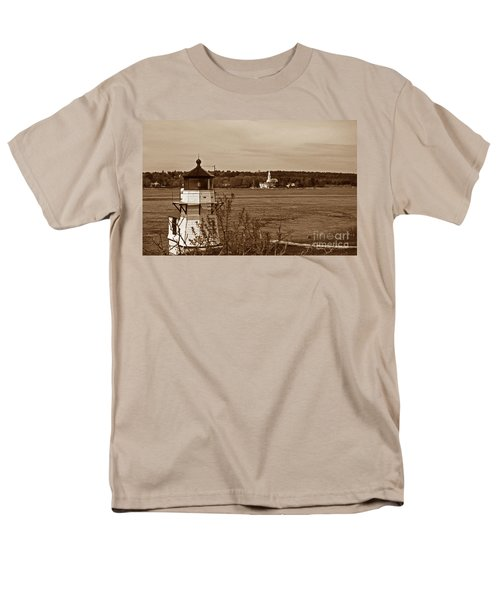 SQUIRREL POINT LIGHTHOUSE T-Shirt by Skip Willits