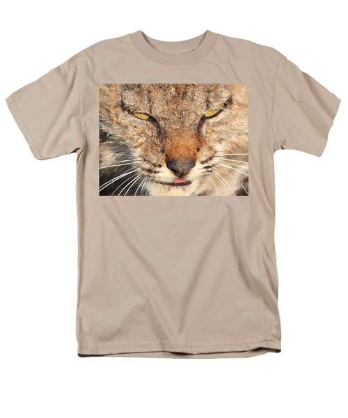 Young Bobcat Portrait 01 T-Shirt by Wingsdomain Art and Photography