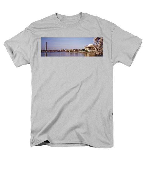 Usa, Washington Dc, Washington Monument Men's T-Shirt  (Regular Fit) by Panoramic Images