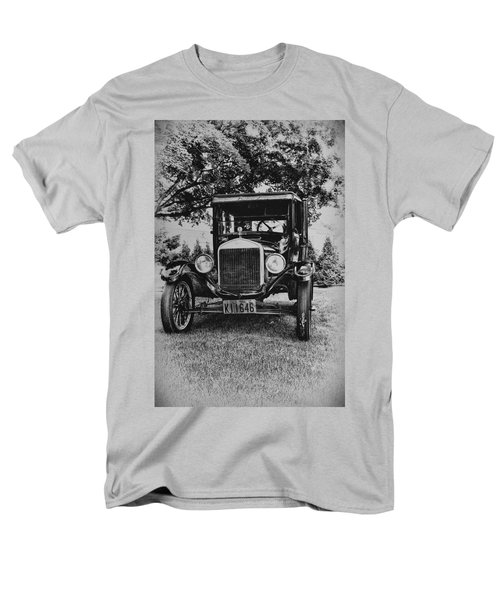 Tin Lizzy - Ford Model T T-Shirt by Bill Cannon