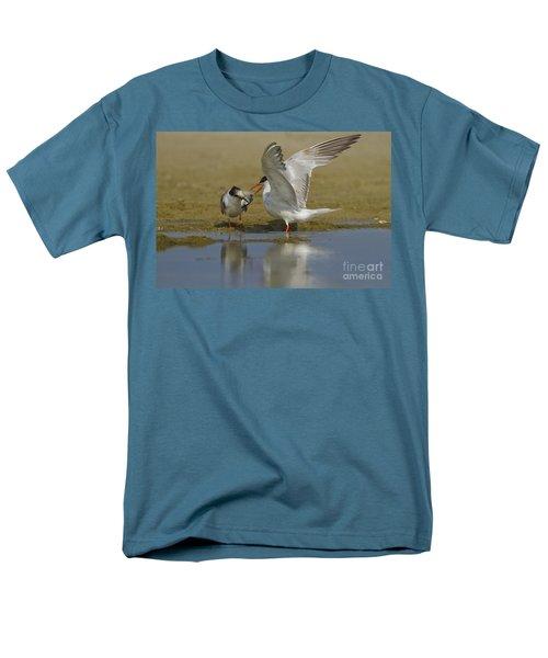 Common tern Sterna hirundo T-Shirt by Eyal Bartov