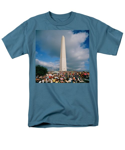 People At Washington Monument, The Men's T-Shirt  (Regular Fit) by Panoramic Images