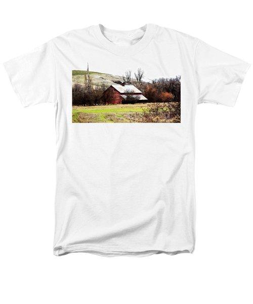 Red Barn T-Shirt by Steve McKinzie