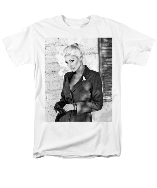 SHADOWING HER BW Palm Springs T-Shirt by William Dey