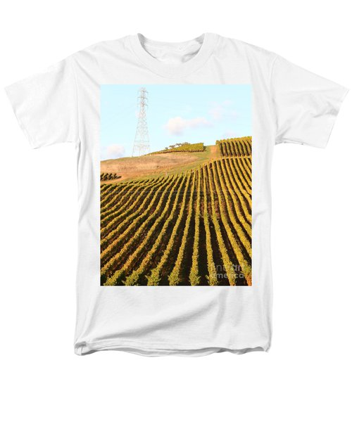 Napa Valley Vineyard . 7D9065 T-Shirt by Wingsdomain Art and Photography