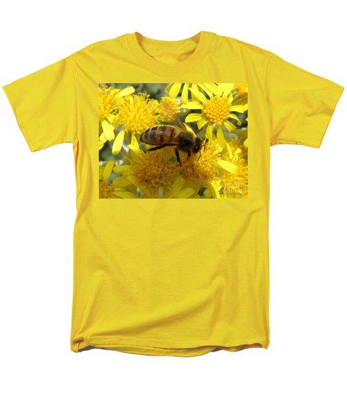 Buzzzzzy T-Shirt by Lainie Wrightson