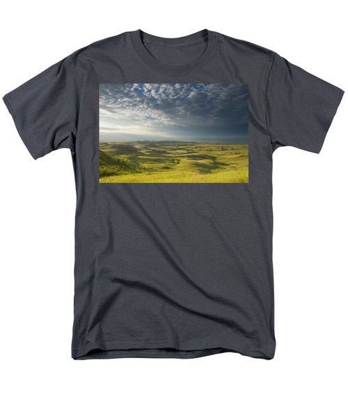 Killdeer Badlands In The East Block Of Men's T-Shirt  (Regular Fit) by Dave Reede