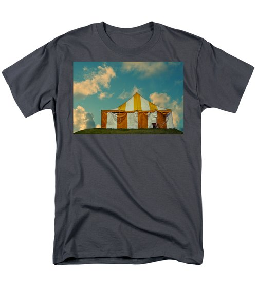 big top T-Shirt by Laura  Fasulo
