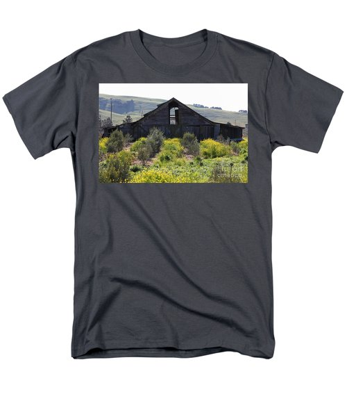 Old Barn in Sonoma California 5D22236 T-Shirt by Wingsdomain Art and Photography