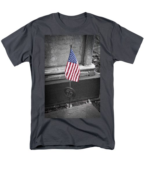 Revolutionary War Veteran Marker T-Shirt by Teresa Mucha