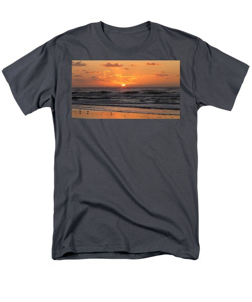 Wildwood Beach Here Comes The Sun Men's T-Shirt  (Regular Fit) by David Dehner