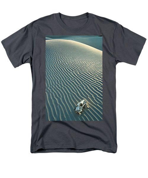 Cow skull in dunes T-Shirt by Garry Gay