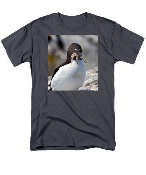 Razorbill With Catch Men's T-Shirt  (Regular Fit) by Mike Dodak
