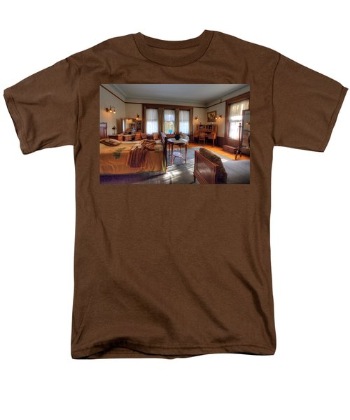 Bedroom Glensheen Mansion Duluth Men's T-Shirt  (Regular Fit) by Amanda Stadther