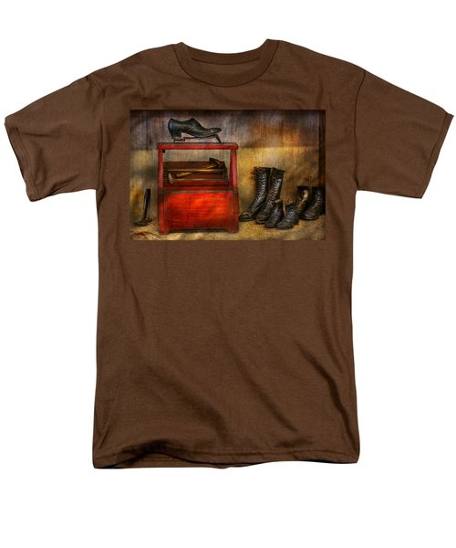 Cobbler - Life of the cobbler T-Shirt by Mike Savad