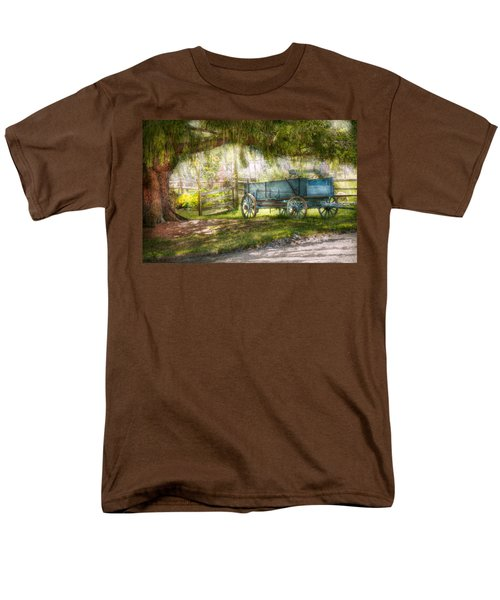 Country - The old wagon out back  T-Shirt by Mike Savad