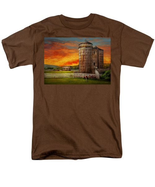 Farm - Barn - Welcome to the farm  T-Shirt by Mike Savad