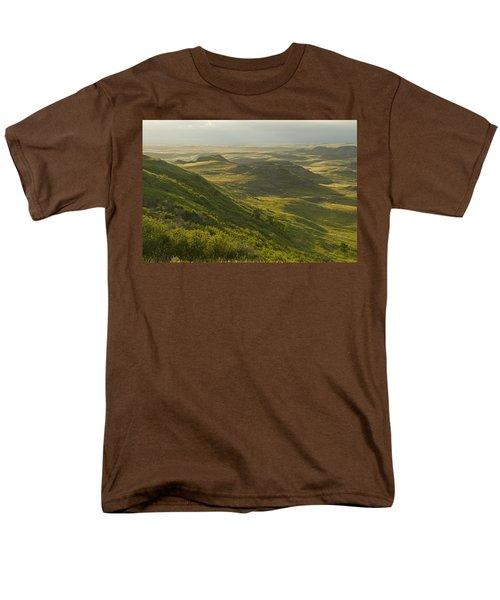 Killdeer Badlands In East Block Of Men's T-Shirt  (Regular Fit) by Dave Reede