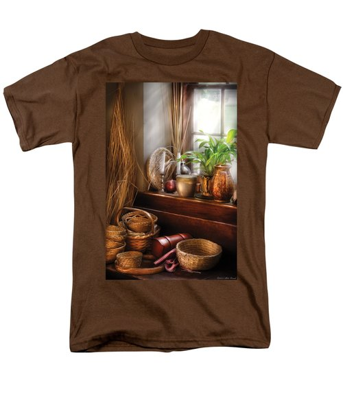Kitchen - Try to keep busy  T-Shirt by Mike Savad