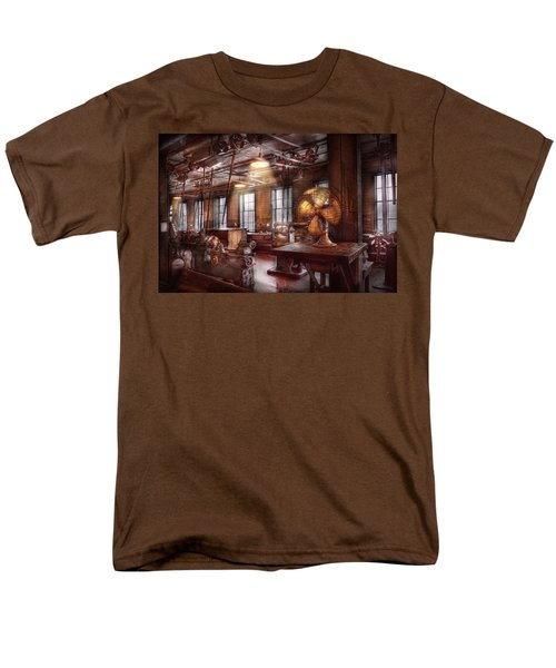Machinist - The fan club T-Shirt by Mike Savad