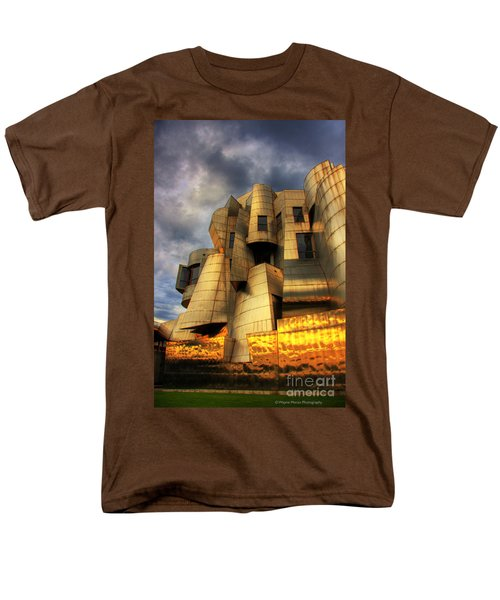 Minneapolis Skyline Photography Weisman Museum Men's T-Shirt  (Regular Fit) by Wayne Moran