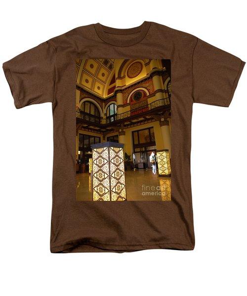 Trainstation Hotel Nashville T-Shirt by Susanne Van Hulst