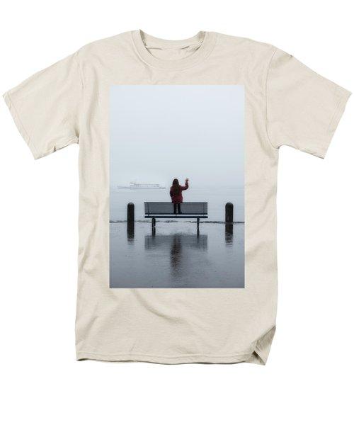 waving goodbye T-Shirt by Joana Kruse