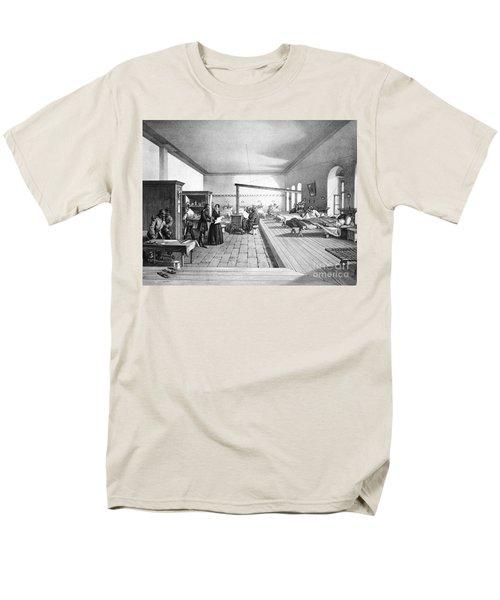 Florence Nightingale, English Nurse T-Shirt by Photo Researchers, Inc.