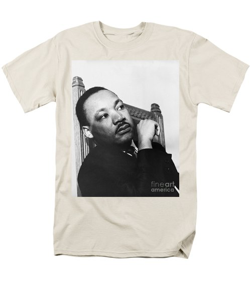 Martin Luther King, Jr T-Shirt by Photo Researchers