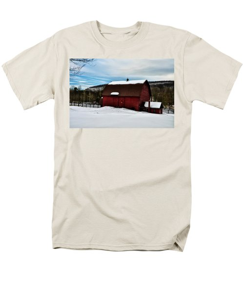 Red Barn in the Snow T-Shirt by Bill Cannon