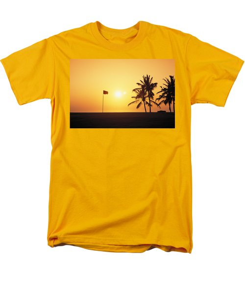 Mauna Kea Beach Resort T-Shirt by Carl Shaneff - Printscapes