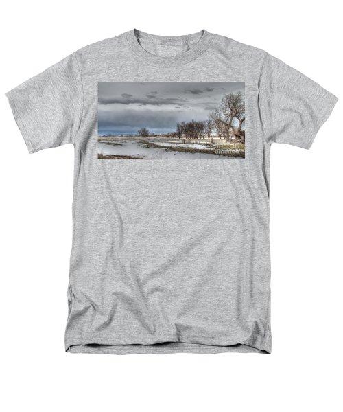 Men's T-Shirt  (Regular Fit) featuring the photograph Ardmore Prairie by Bill Gabbert