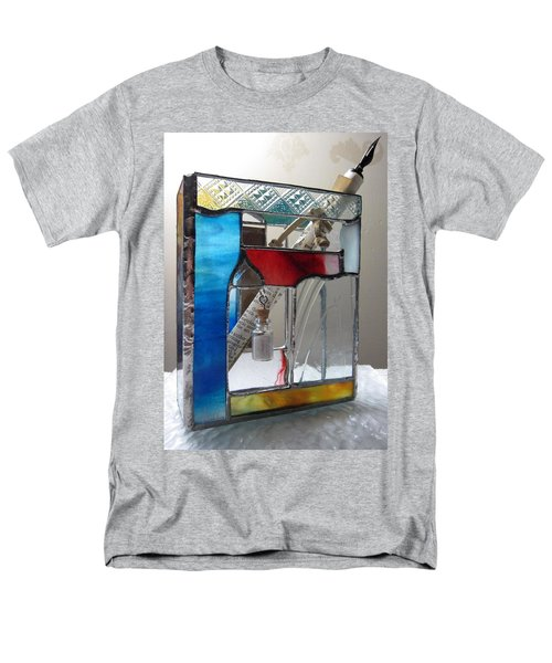 Poet windowsill Box - other view T-Shirt by Karin Thue